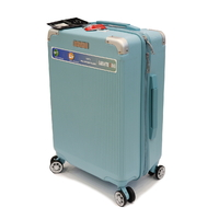 Мала пластикова валіза 40 л Airtex Dio..